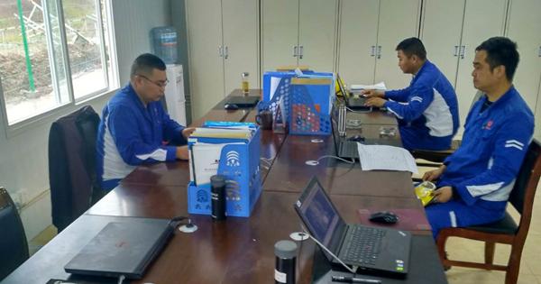 永祥新能源工程组推行标准化后,办公室干净整洁图片