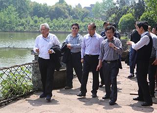 北京市农业局李全录副局长一行到访通威